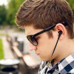 Вакуумные наушники — опасность для слуха?
