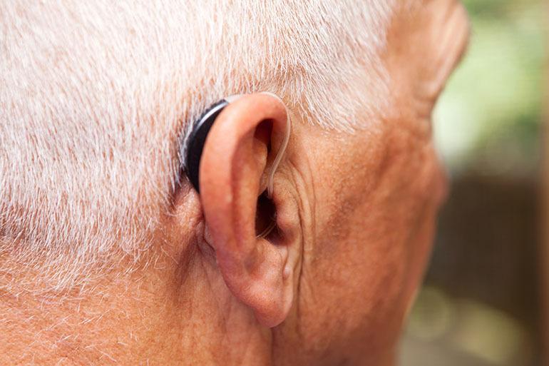 Слухопротезирование в пожилом возрасте