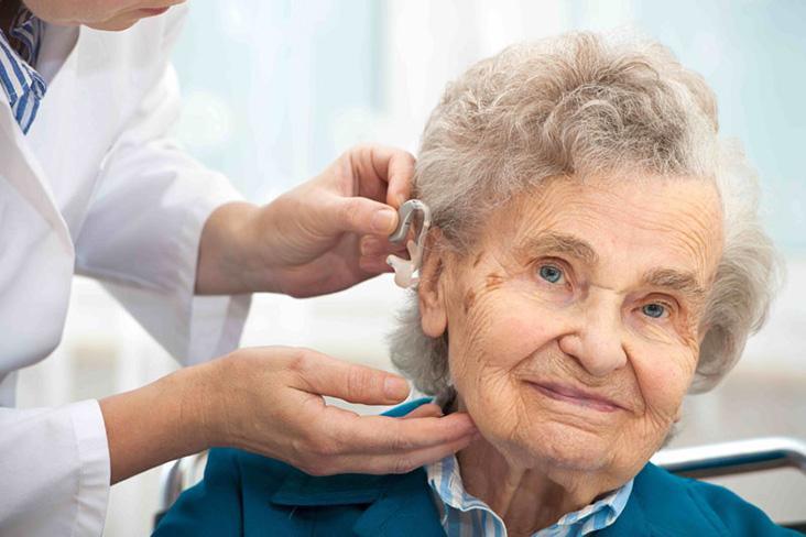 Слухопротезирование пожилых людей